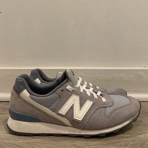 New Balance 696 Women's Shoe Size 7